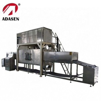 Continuous tunnel type microwave frozen food thawing machine