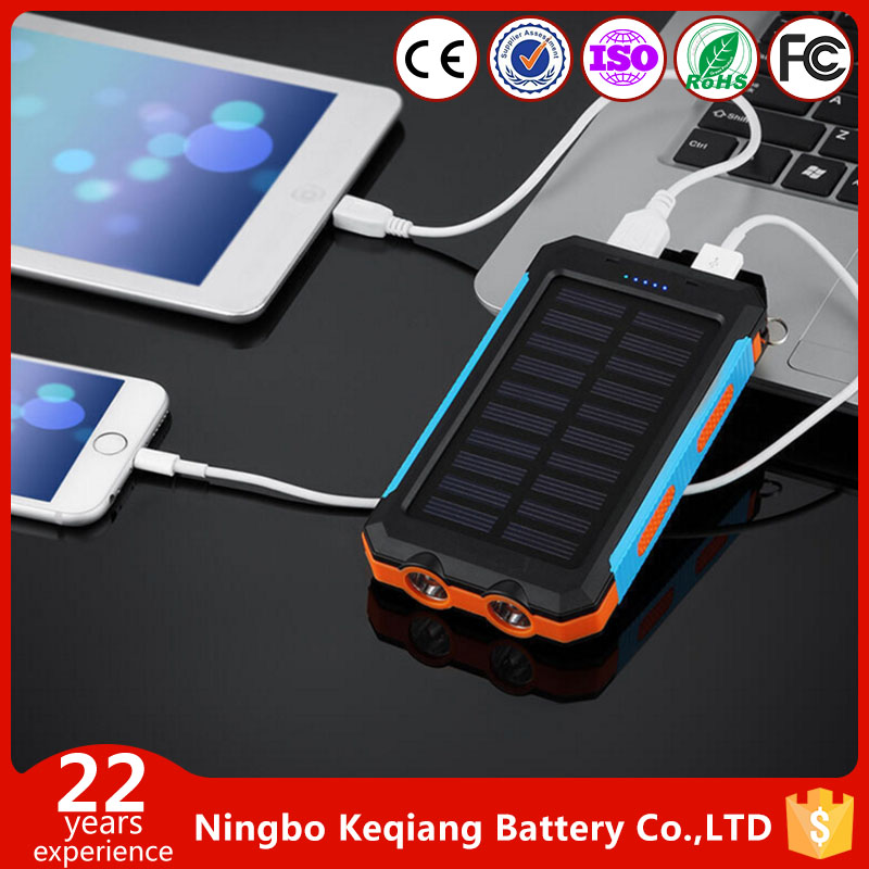 IP67 Waterproof 20000mAh Solar Charger External Portable Dual USB Power Bank Pack with Flashlight Charger Power Bank