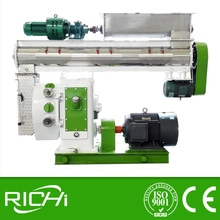Low Price Seimens Motor CE Certificate Ring Die Animal/Cattle Feed Pellet Machine