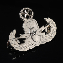 New arrival nice pin metal security guard badge
