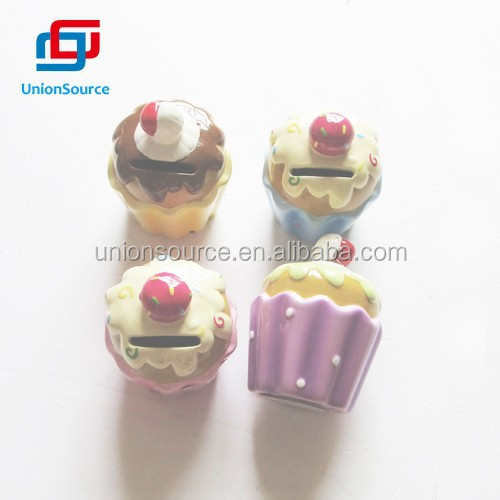 High Quality Cake Shaped Plastic Coin Money Box