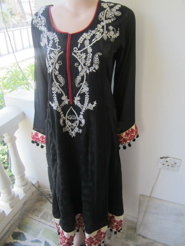 Pakistani Exclusive party wear