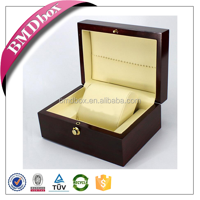 Glossy finish wood grain wooden single watch display case