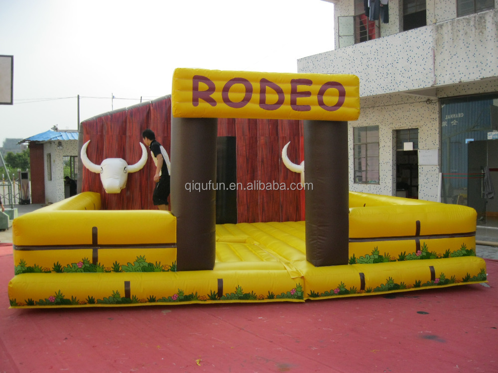 Large funny inflatable mechanical rodeo bull/bull riding game /inflatable mechanical rodeo