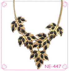 Low MOQ Tree leaf Pendent Necklace From YiWu Factory