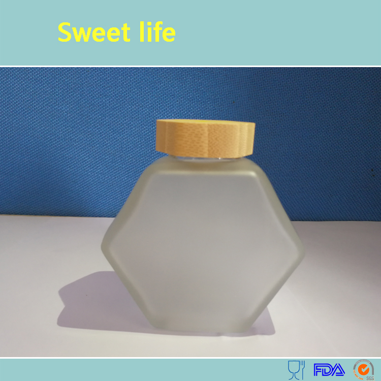 Hexagon honey jar with lids, honey jar, honey container, food-grade