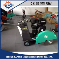 road surface concrete floor cutting machine/concretion saw cutter machine