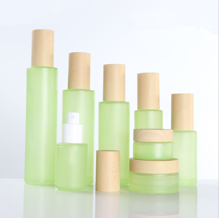 <strong>Manufacturers</strong> Packaging Luxury Glass 200Ml Cosmetic Sample Bottle Packaging