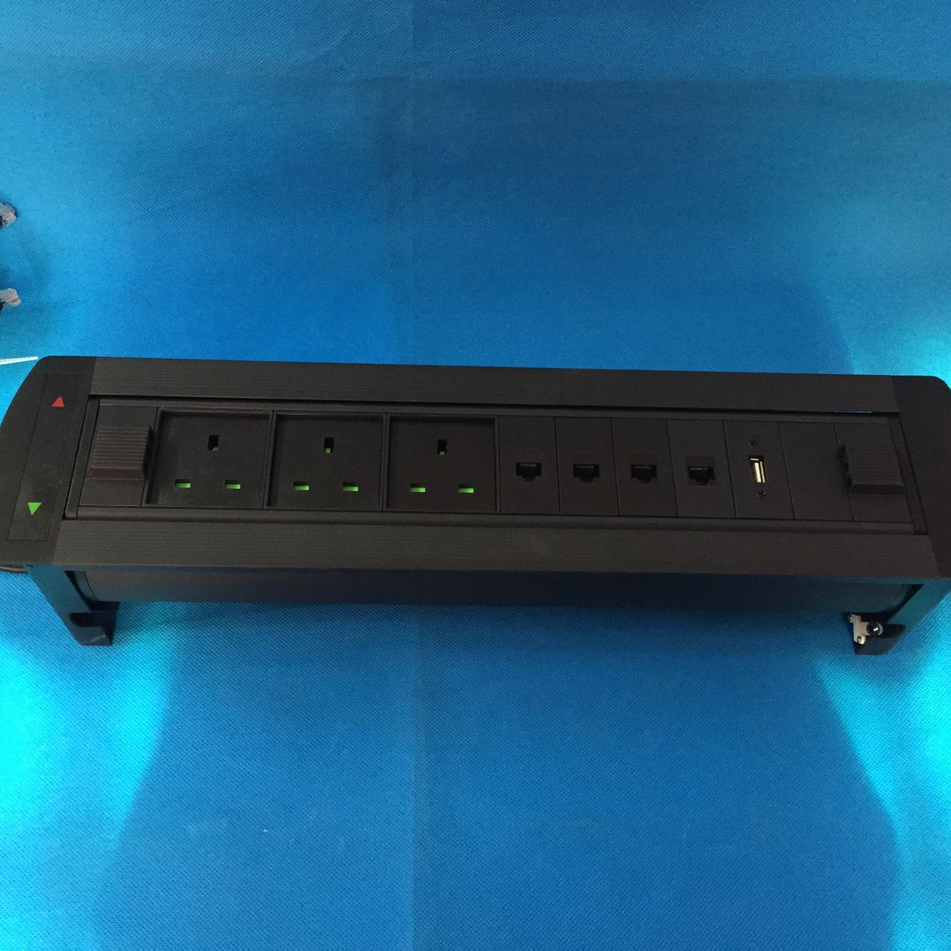3pin power Conference furniture tabletop Electric flip up socket /Mutimedia desktop magemement office power socket