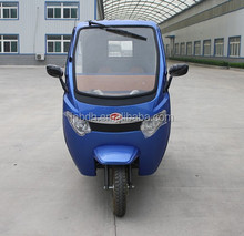 200 cc manned three-wheeled motorcycle