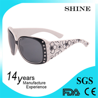 2015 Promotion Neon plastic hot sell cheap funny brand name designer fake butterfly ladies uv sunglasses