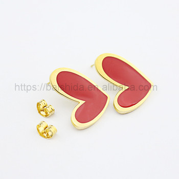 Wholesale saudi gold plated ladies stud earrings designs pictures red heart color for gift