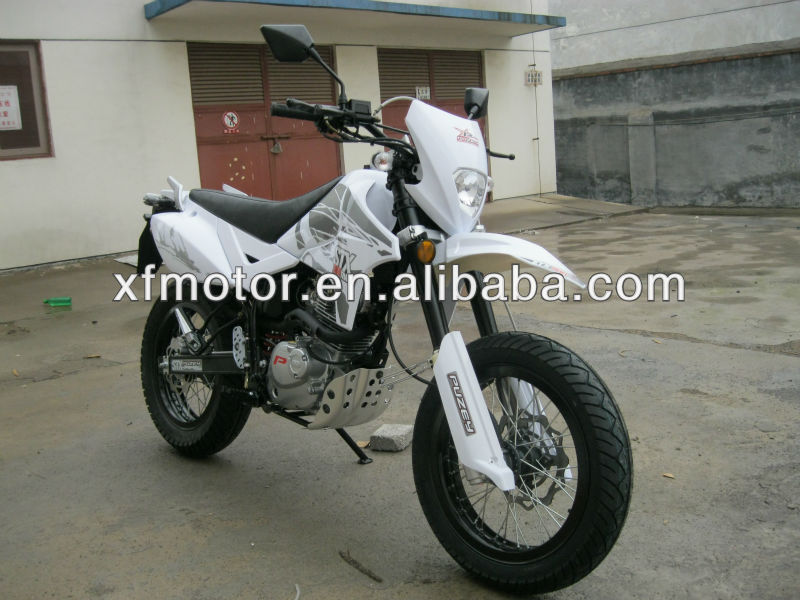 200cc suzuki off road dirt bike