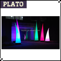 Charming decorative inflatable LED cone for party or wedding / LED triangle pillar