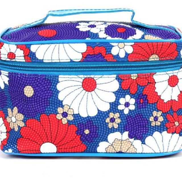 Travelling Cheap waterproof cosmetic bag organizer