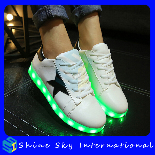 Newest Top Sell US Flag Design Led Shoes US Sneaker