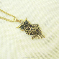 Women Fashion Antique Gold Plated Hollowed Designs Owl Pendant & Chain Necklace