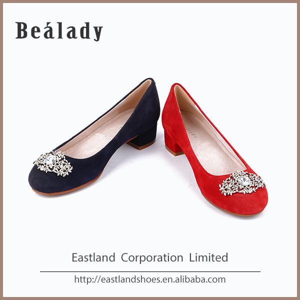 Customized soft rubber sole low heel 2.5cm genuine flat girls leather shoes