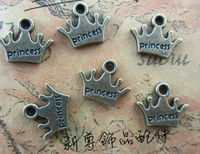 D356 sneaker charms