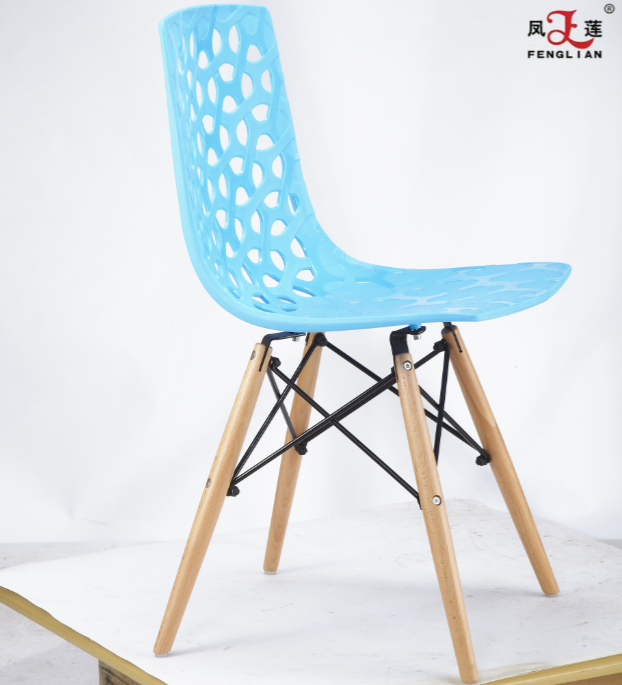 Wholesale High Quality PP Plastic Dining Chair Leisure with Wood Foot