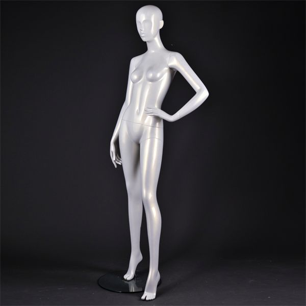 sexy lifelike female mannequin