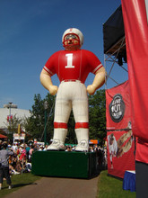 2015 custom advertising inflatable football player model