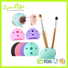 Egg-shaped Silicone Makeup Brush Cleaner with Back Holes Stand for Drying
