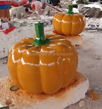 Wholesale statues of pumpkins resin craft for decorations