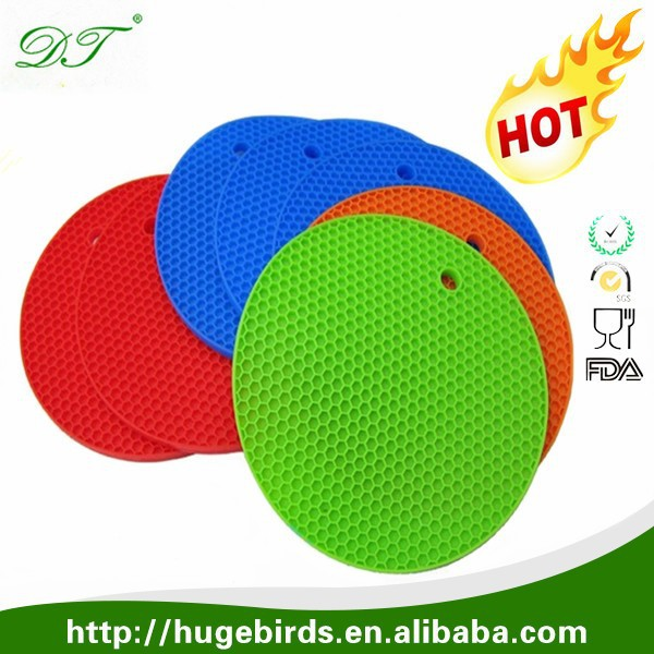 Heating and Non-slip silicone Ruber Table Pad/Heat Resistant silicone mat