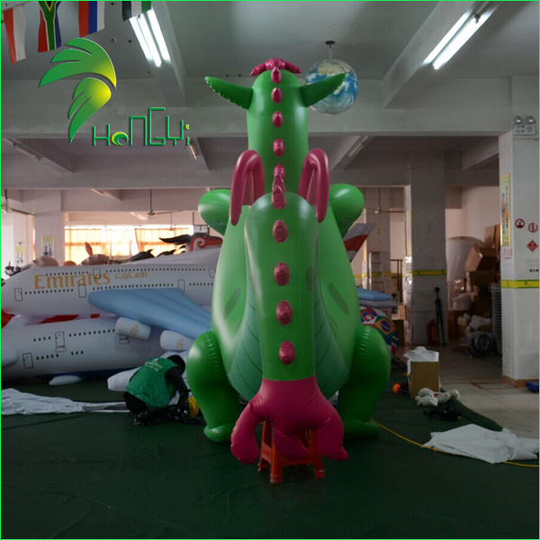 Hongyi Customized Inflatable Green Dragon , PVC Dragon toys