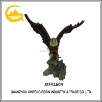 Handmade wholesale resin flying eagle statues