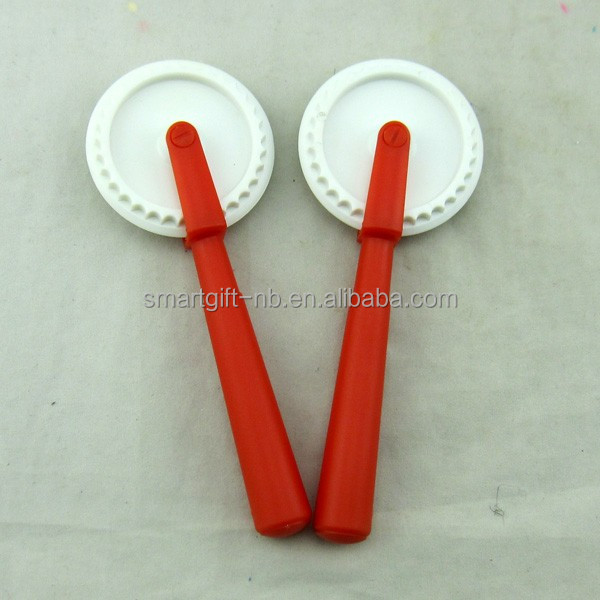 Plastic wheel pizza cutter with handle customized logo