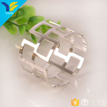 Bulk wholesale sliver round cheap wedding napkin rings for dinners parties