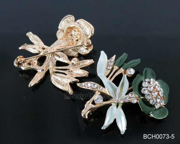 Fabulous green flower wedding safety pin brooch