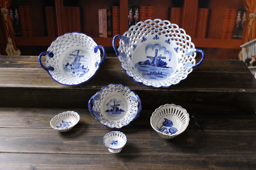 Ceramic Europe style blue and white stoneware holland delft blue open holes fruit snack candy plate home decoration