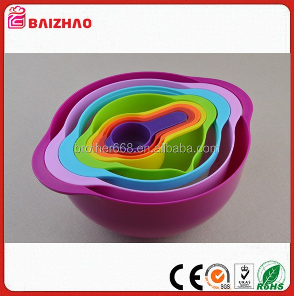 FDA or LFGB hot 3-piece Mixing Bowl Plastic salad bowls set pp+TPR salad bowl set