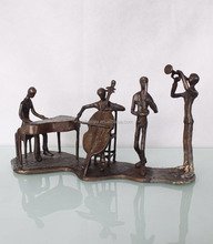 Gifts And Crafts Art Handicraft Cast Iron Playing Musicians Figurine Sculpture