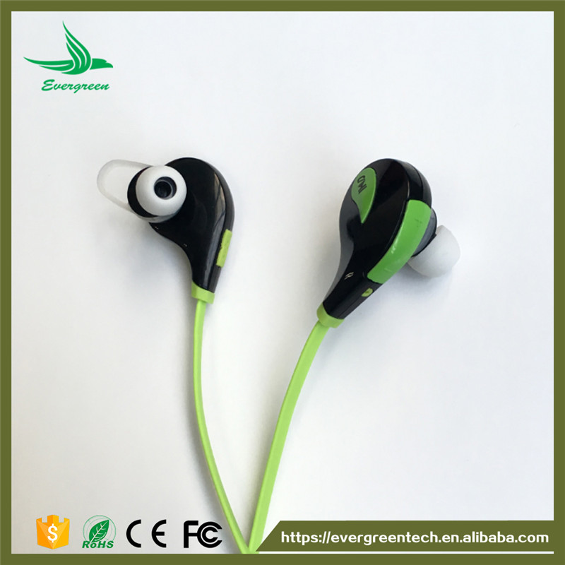Sports in-ear bluetooth earphone free sample headphone magnetic bluetooth headsets