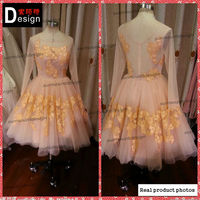 Real sample knee length lace long sleeve round neck wedding dress ball gown