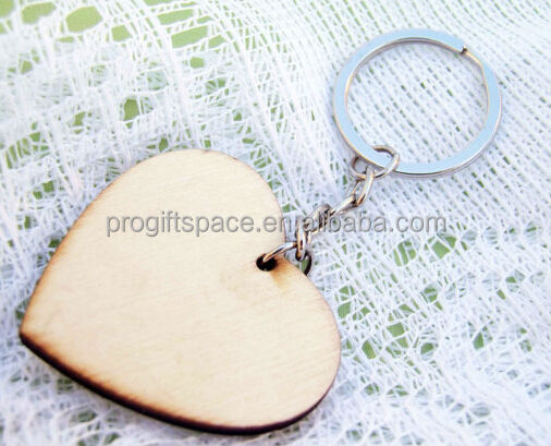 Hot sale new fashion China wholesale key stainless steel ring hanger gift heart shape charm pendant craft blank wooden keychain
