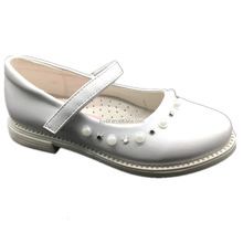 fancy children school shoes with pearl in flat sole