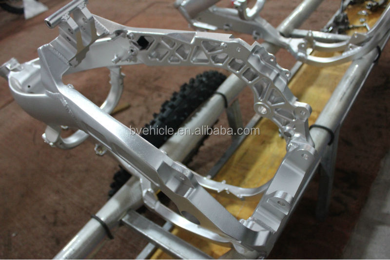 Suzuki racing dirt bike/ motorcycle frame
