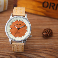 Hot Sale Product 2017 New Minimalist Style Clock With Yellow Colorful Cheap Quartz Watches A8293-1