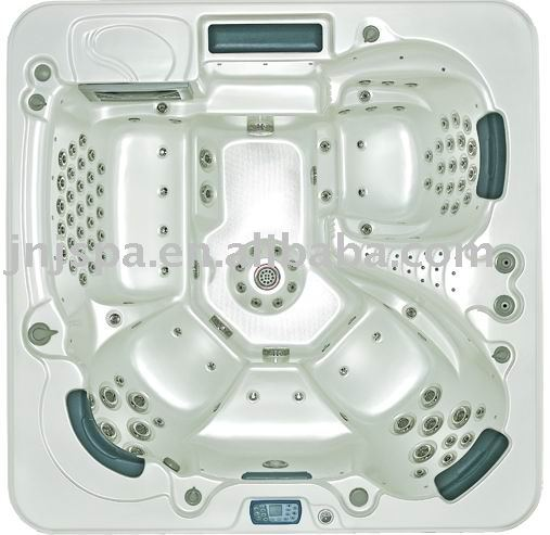 jakuzzi/whirlpool bath/hot spa