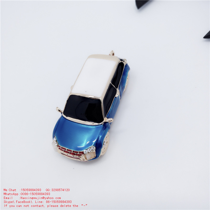 Car interior accessories Exquisite small items with bags hanging ornaments Solid alloy car model of arts and crafts