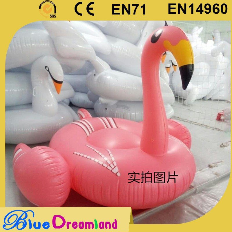 Best price large inflatable flamingo/swan water pool toys in China
