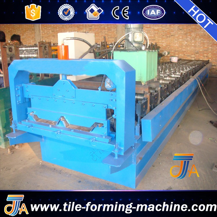 Energy Saving Metal roll forming machine For roofing Tile With High bello lin