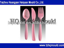 2013 latest plastic knife fork and spoon mould