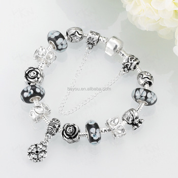 Europe Charm bracelet Available in different Color