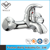 Luxury Bathroom Wall Mounted Bath Shower Mixer with Kit
